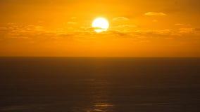 Ηλιοβασίλεμα με τα σύννεφα, Flores, Αζόρες Στοκ Φωτογραφία
