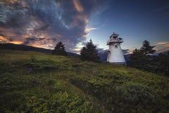 Ηλιοβασίλεμα, ξύλινο σημείο, εθνική πάρκο Gros Morne, νέα γη & Λ στοκ εικόνες