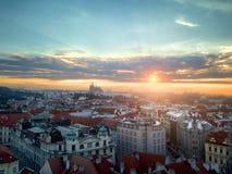 ηλιοβασίλεμα οριζόντων της Πράγας Στοκ φωτογραφία με δικαίωμα ελεύθερης χρήσης