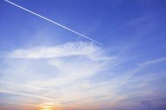 Ηλιοβασίλεμα ουρανού και χρώματα σύννεφων Στοκ Εικόνες