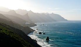 Ηλιοβασίλεμα πέρα από τα χωριά στα Κανάρια νησιά, Tenerife Στοκ φωτογραφίες με δικαίωμα ελεύθερης χρήσης