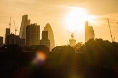 Ηλιοβασίλεμα πέρα από την πόλη του Λονδίνου Στοκ φωτογραφίες με δικαίωμα ελεύθερης χρήσης