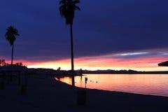 Ηλιοβασίλεμα πέρα από τη λίμνη Havasu Αριζόνα Στοκ εικόνα με δικαίωμα ελεύθερης χρήσης
