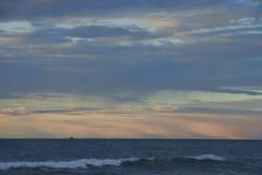 Ηλιοβασίλεμα πέρα από τη Βόρεια Θάλασσα Στοκ εικόνα με δικαίωμα ελεύθερης χρήσης
