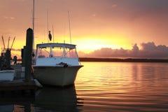 Ηλιοβασίλεμα πέρα από τον κολπίσκο 12 κρανίων Στοκ Φωτογραφία