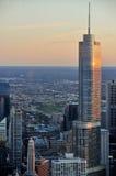 Ηλιοβασίλεμα πέρα από το Σικάγο από το Hancock πύργο, Σικάγο, Ιλλινόις, U στοκ εικόνα