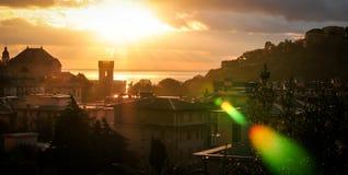 Ηλιοβασίλεμα πέρα από το τουριστικό πόλης arenzano Γένοβα Στοκ φωτογραφία με δικαίωμα ελεύθερης χρήσης