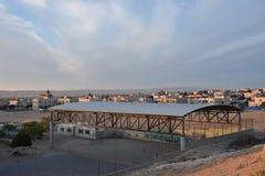 Ηλιοβασίλεμα πέρα από το χωριό του BA Negev, Ισραήλ Arara Στοκ Εικόνες