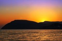 Ηλιοβασίλεμα πέρα από το Hill στοκ εικόνες με δικαίωμα ελεύθερης χρήσης