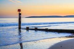 Ηλιοβασίλεμα παραλιών του Bournemouth orset στοκ εικόνα με δικαίωμα ελεύθερης χρήσης