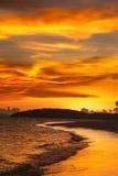 Ηλιοβασίλεμα παραλιών Tropcal Στοκ φωτογραφία με δικαίωμα ελεύθερης χρήσης
