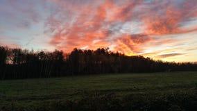 ηλιοβασίλεμα πεδίων Στοκ Εικόνα