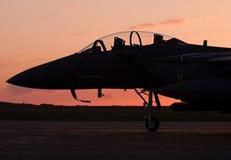 Ηλιοβασίλεμα πολεμικό τζετ στοκ φωτογραφία με δικαίωμα ελεύθερης χρήσης