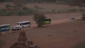 Ηλιοβασίλεμα προσοχής στην παγόδα σε Bagan απόθεμα βίντεο