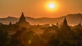 Ηλιοβασίλεμα σε Bagan Στοκ Φωτογραφίες