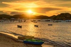 Ηλιοβασίλεμα σε Buzios de janeiro Ρίο Στοκ εικόνες με δικαίωμα ελεύθερης χρήσης