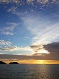 Ηλιοβασίλεμα σε Kao Chang Ταϊλάνδη Στοκ Φωτογραφίες