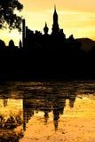 Ηλιοβασίλεμα σε Sukhotai Στοκ Φωτογραφίες
