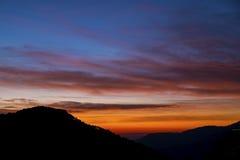 Ηλιοβασίλεμα στα βουνά Στοκ φωτογραφία με δικαίωμα ελεύθερης χρήσης