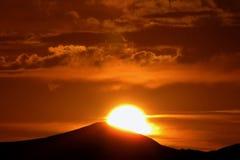 Ηλιοβασίλεμα στα βουνά Στοκ εικόνες με δικαίωμα ελεύθερης χρήσης