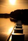 Ηλιοβασίλεμα στην αποβάθρα Στοκ εικόνες με δικαίωμα ελεύθερης χρήσης