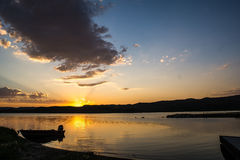 Ηλιοβασίλεμα στην αποβάθρα Στοκ Φωτογραφίες