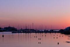 Ηλιοβασίλεμα στη λέσχη γιοτ Στοκ εικόνες με δικαίωμα ελεύθερης χρήσης