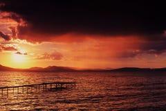 Ηλιοβασίλεμα στη λίμνη Balaton Στοκ Φωτογραφία