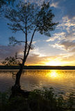 Ηλιοβασίλεμα στη λίμνη Riedkine Στοκ Φωτογραφία