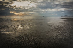 Ηλιοβασίλεμα στη λαοτιανή παραλία Chao Στοκ εικόνα με δικαίωμα ελεύθερης χρήσης