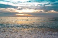 Ηλιοβασίλεμα στη θάλασσα Στοκ φωτογραφία με δικαίωμα ελεύθερης χρήσης