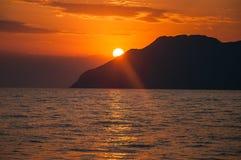 Ηλιοβασίλεμα στη θάλασσα Egean Στοκ φωτογραφία με δικαίωμα ελεύθερης χρήσης