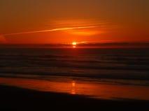 Ηλιοβασίλεμα στον Ατλαντικό Ωκεανό στοκ φωτογραφίες με δικαίωμα ελεύθερης χρήσης