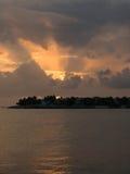 Ηλιοβασίλεμα στον κολπίσκο Στοκ φωτογραφία με δικαίωμα ελεύθερης χρήσης