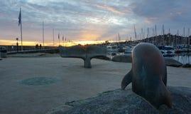 Ηλιοβασίλεμα στον κυματοθραύστη Στοκ Εικόνα