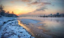 Ηλιοβασίλεμα στον ποταμό Στοκ Φωτογραφία