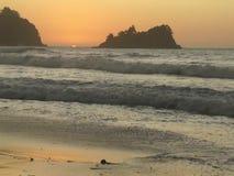 Ηλιοβασίλεμα στο Ειρηνικό Ωκεανό Φιλιππίνες απόθεμα βίντεο