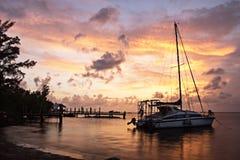 Ηλιοβασίλεμα στο λιμάνι Στοκ εικόνες με δικαίωμα ελεύθερης χρήσης