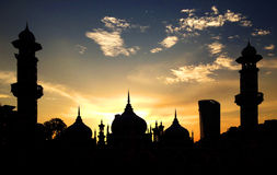 Ηλιοβασίλεμα στο μουσουλμανικό τέμενος Jamek Στοκ φωτογραφία με δικαίωμα ελεύθερης χρήσης