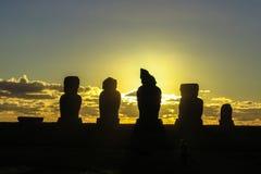 Ηλιοβασίλεμα στο νησί Πάσχας, Χιλή Στοκ Φωτογραφίες