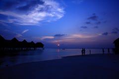 Ηλιοβασίλεμα στο νησί των Μαλδίβες Στοκ Φωτογραφίες