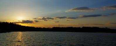 Ηλιοβασίλεμα στο ολυμπιακό Forest Park Πεκίνο Κίνα Στοκ Εικόνες