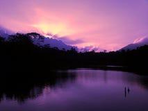 Ηλιοβασίλεμα στο ροδανιλίνης χρώμα Στοκ εικόνες με δικαίωμα ελεύθερης χρήσης
