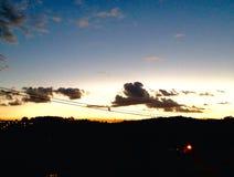 Ηλιοβασίλεμα στο λόφο Στοκ Εικόνες