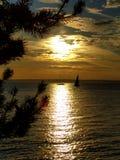 Ηλιοβασίλεμα στο ύδωρ Στοκ Φωτογραφίες