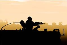 Ηλιοβασίλεμα στρατιωτών στρατού σκιαγραφιών Στοκ εικόνα με δικαίωμα ελεύθερης χρήσης