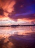 ηλιοβασίλεμα Ταϊλάνδη νησιών παραλιών phuket τροπική AO-Nang Krabi Στοκ εικόνα με δικαίωμα ελεύθερης χρήσης