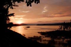 Ηλιοβασίλεμα της λίμνης στοκ φωτογραφία με δικαίωμα ελεύθερης χρήσης