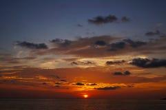 Ηλιοβασίλεμα της παραλίας Karon, Phuket Στοκ Φωτογραφίες