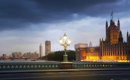 Ηλιοβασίλεμα του Λονδίνου ben το μεγάλο Κοινοβούλιο σπιτιών Στοκ φωτογραφία με δικαίωμα ελεύθερης χρήσης